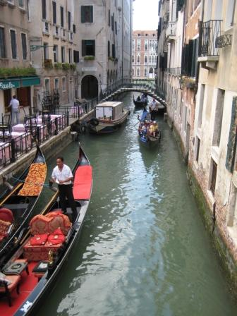 Just your typical Venetian 'street'